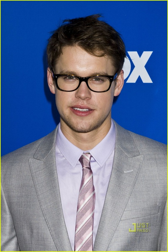 cory-monteith-chord-overstreet-glee-upfronts-16
