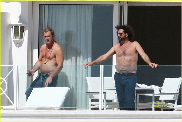 mel-gibson-shirtless-cannes-02