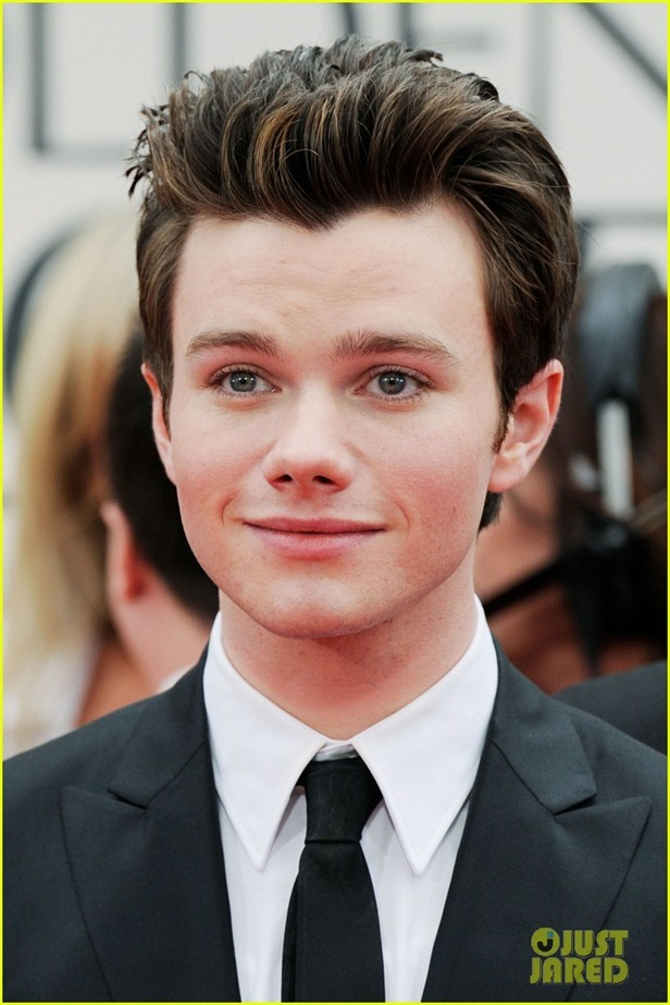 amber-riley-chris-colfer-golden-globes-03