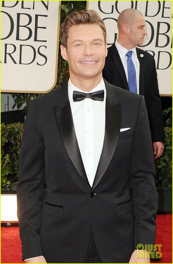 ryan-seacrest-2012-golden-globes-red-carpet-03
